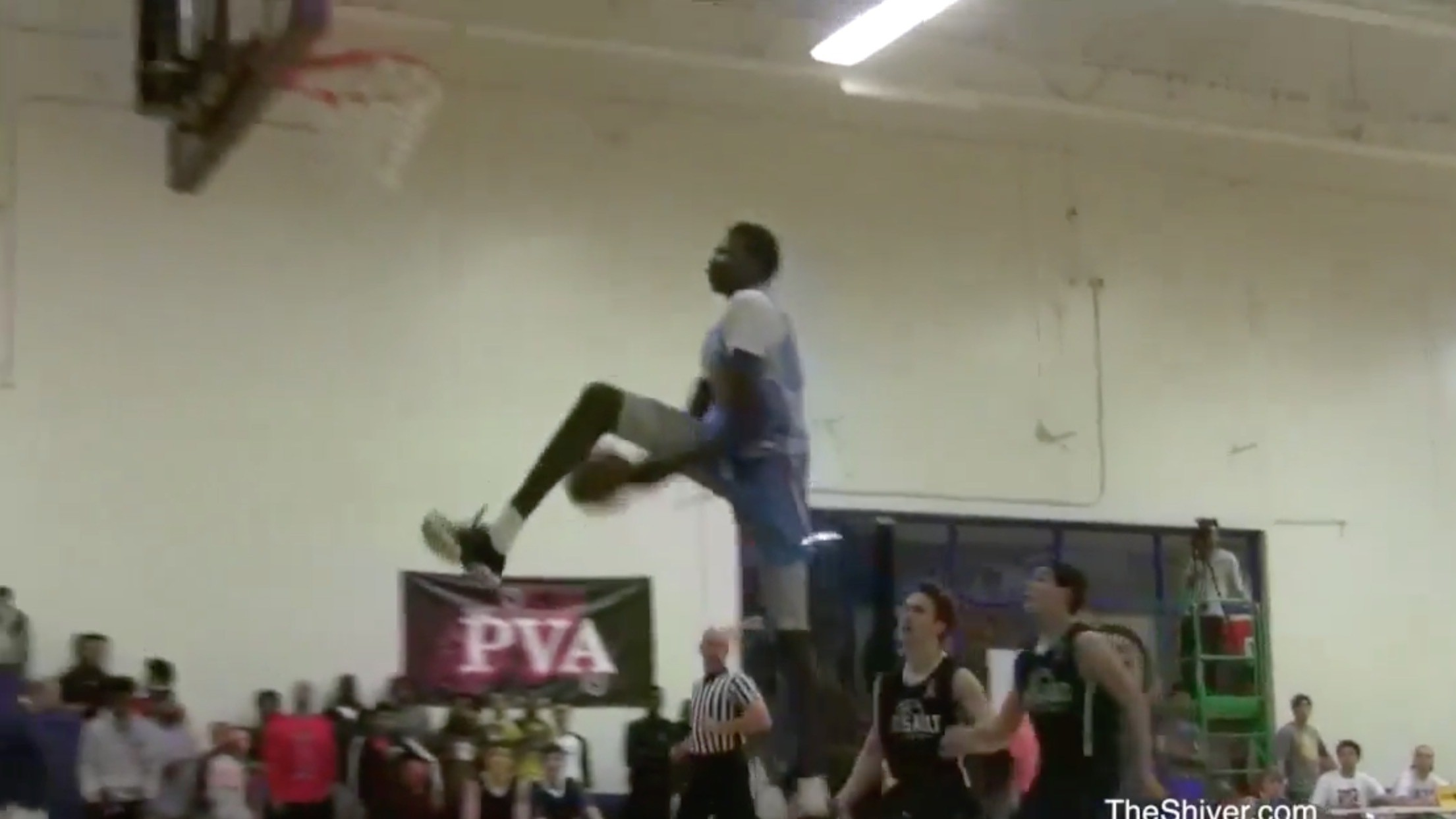 "Manute Bol's 6'11"" Son Throws Down Nasty Between-the-Legs Dunk, Mid-Game"