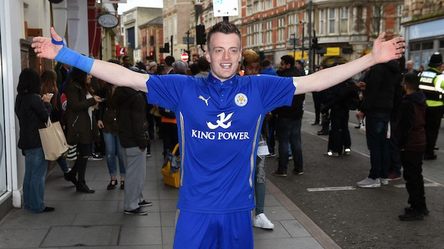 "Jamie Vardy Calls His Own Lookalike ""An Absolute Full-Kit Wanker"""