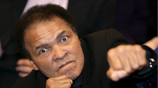Muhammad Ali Wrote a Letter to All FAs Asking for FIFA Reform in 2015