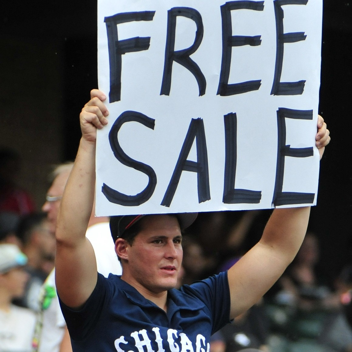 Chris-sale-is-sorrynot-sorry-for-cutting-up-chicagos-throwback-jerseys-1469545900.jpg?crop=1xw:0.7231638418079096xh;0xw,0