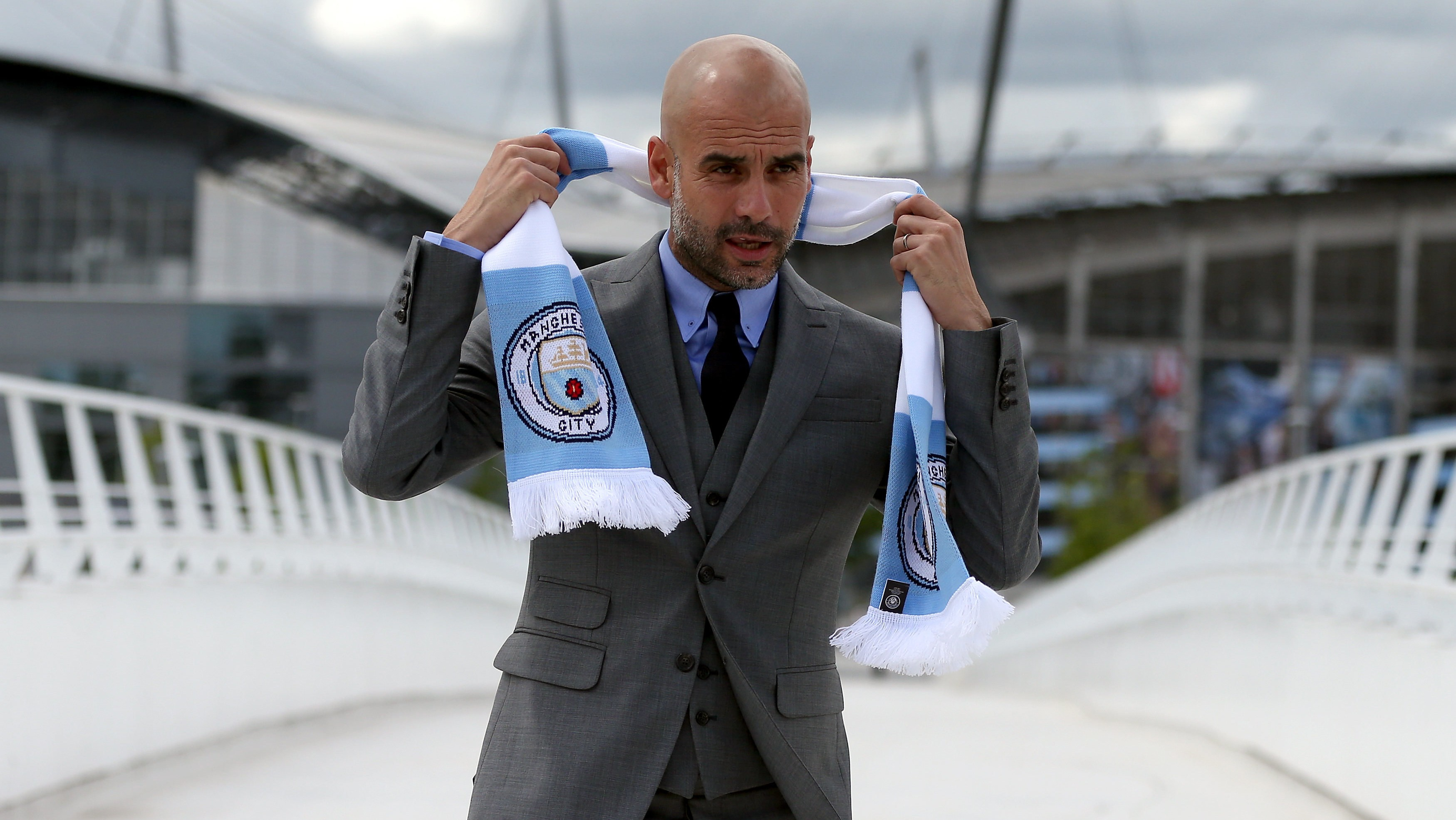 Pep Guardiola Forbids Manchester City Players From Eating Pizza