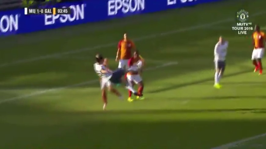Zlatan Scores Beautiful Taekwondo Goal Just Four Minutes into His Manchester United Debut