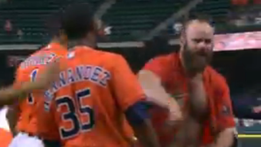 Evan Gattis Exposes Chest-Garden After Sumptuous Walk-Off HR