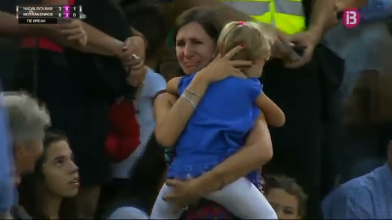 Rafael Nadal Stops Match when Distraught Mother Can't Find her Daughter
