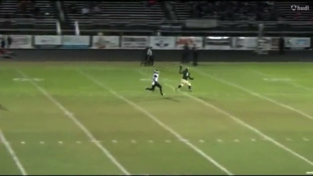 High Schooler Nabs The Chillest One-Handed Catch You'll See