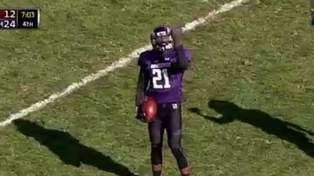 Club-Handed Kyle Queiro Nabs Crazy Interception for Northwestern the Only Way He Can: One-Handed