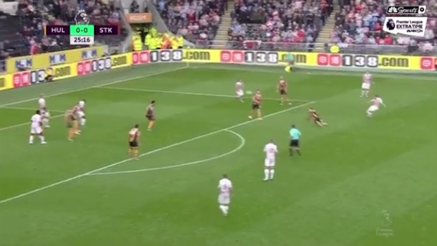 Shaqiri Curls in An Inch-Perfect Golazo From Deep Out