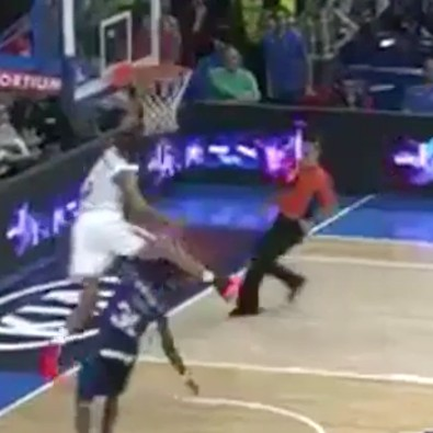 Anthony-randolph-hurdles-a-grown-man-while-dunking-in-spanish-league-1477258938.png?crop=0