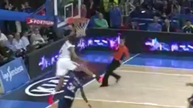 Anthony Randolph Hurdles a Grown Man While Dunking in Spanish League