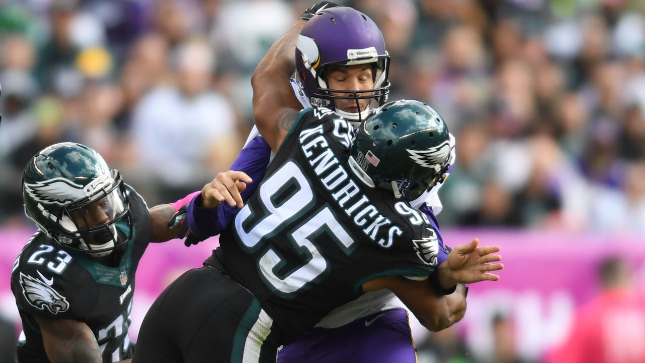 The Eagles Defense Tore the Vikings Offensive Line to Shreds