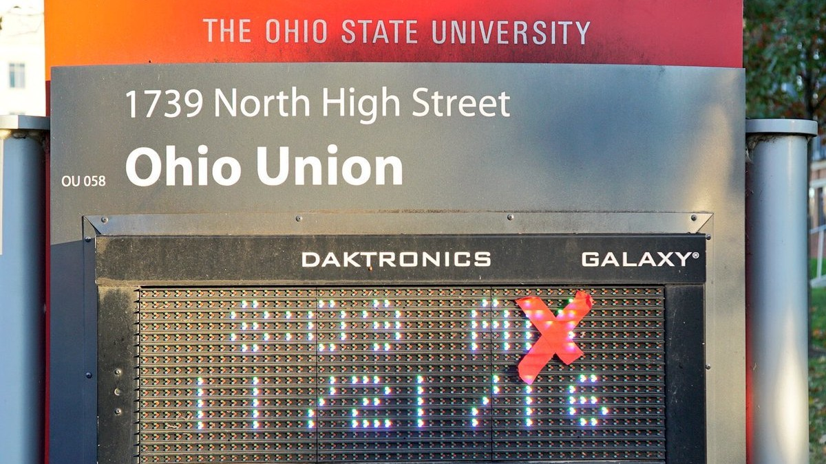 Ohio State Crosses Out (Almost) All 'M's on Campus Before Michigan Game