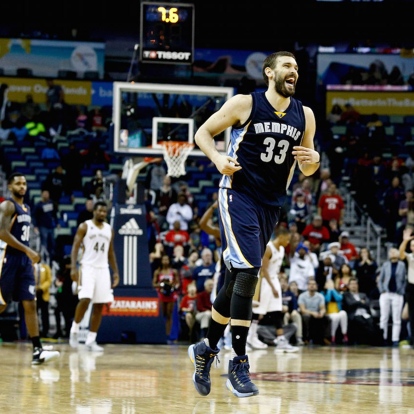 How-marc-gasol-is-keeping-the-shorthanded-grizzlies-in-playoff-contentiontktktktk-1481296945.jpg?crop=0