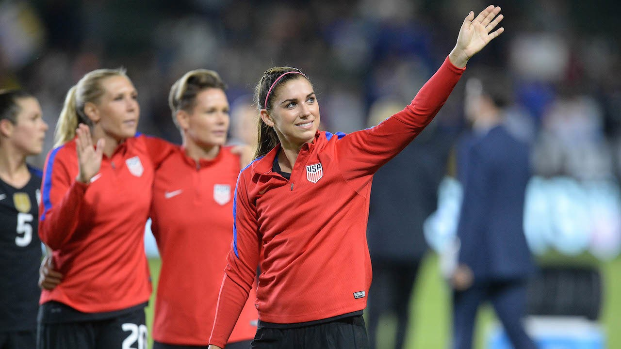 Alex Morgan Signing Overseas is Troubling for NWSL