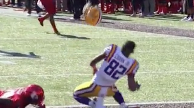 LSU's D.J. Chark Makes a Catch So Big, He Ejects From His Helmet