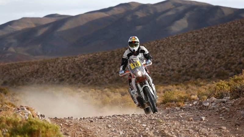Dakar Rally Rider Struck by Lightning, Still Manages to Finish Stage