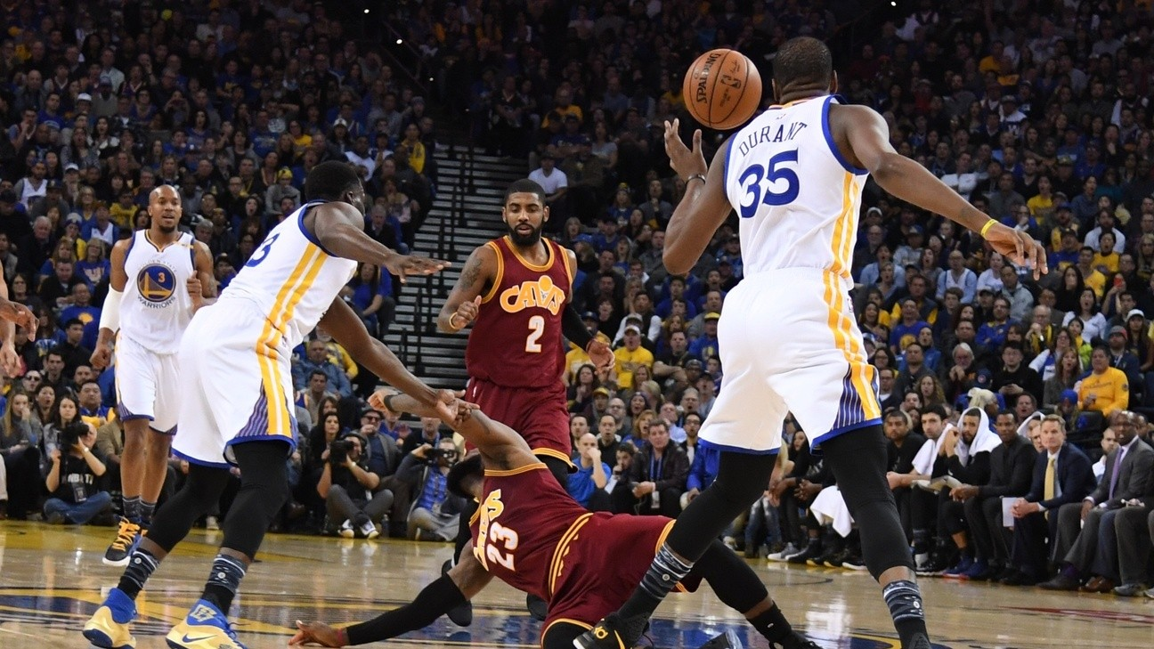 Draymond Green Mocks LeBron's Flopping, Banters with Kyrie Irving During Warriors' win