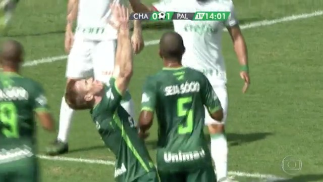 Chapecoense Score First Goal Since Losing 19 Players in Plane Crash