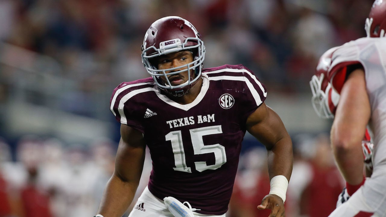 Top NFL Draft Prospect Myles Garrett Pens Beautiful Goodbye Note to His Favorite Taco Joint
