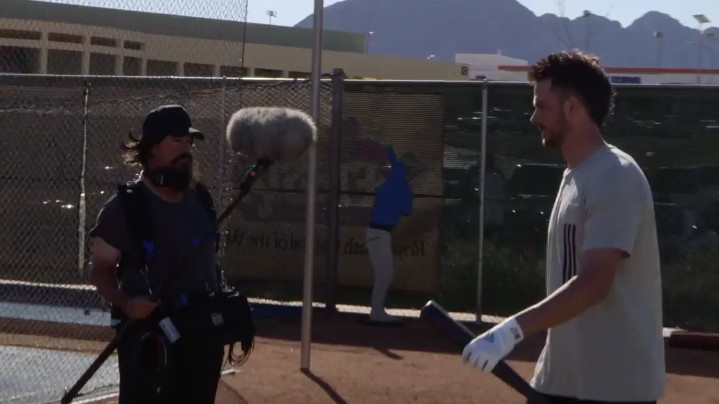 Hall of Fame Prankster Greg Maddux Pulls a Fast One on Kris Bryant