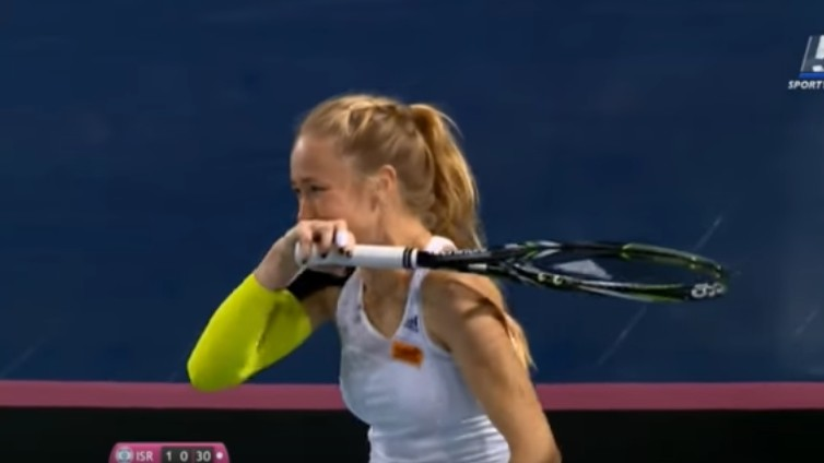Tennis Player Can't Stop Laughing at Her Opponent's Screw-Up