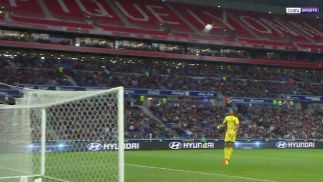 Memphis Depay Certainly Wouldn't Have Scored a Half-Field Golazo Like This at Manchester United