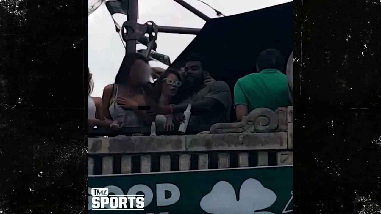 Ezekiel Elliott Filmed Pulling Down Woman's Shirt at St. Patrick's Day Parade