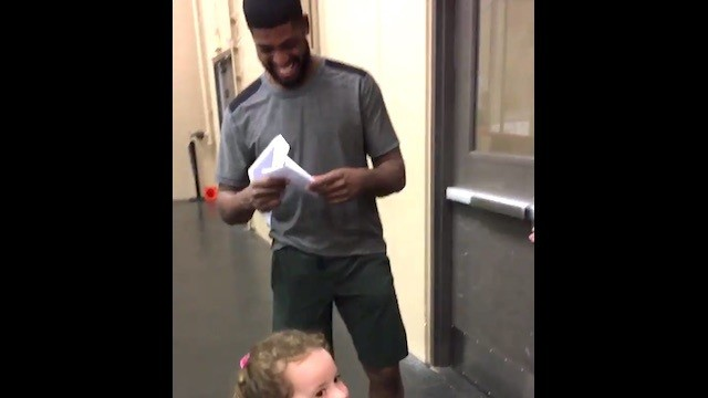 Four-Year Old Meets Coyotes Hero Anthony Duclair, Adorably Proposes Marriage in Letter