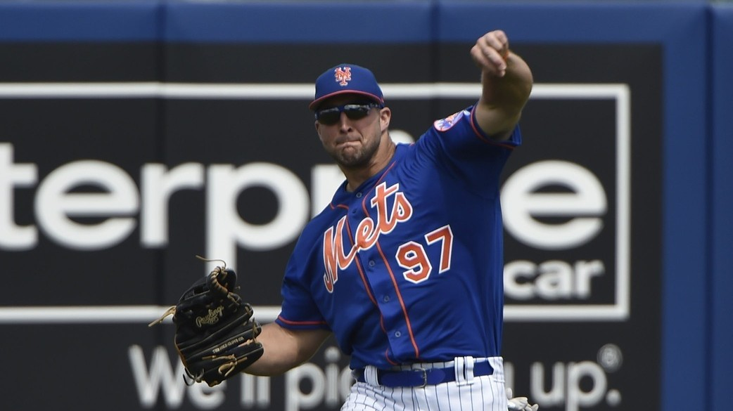 Tim Tebow's Throwing Mechanics Are as Bizarre as Ever