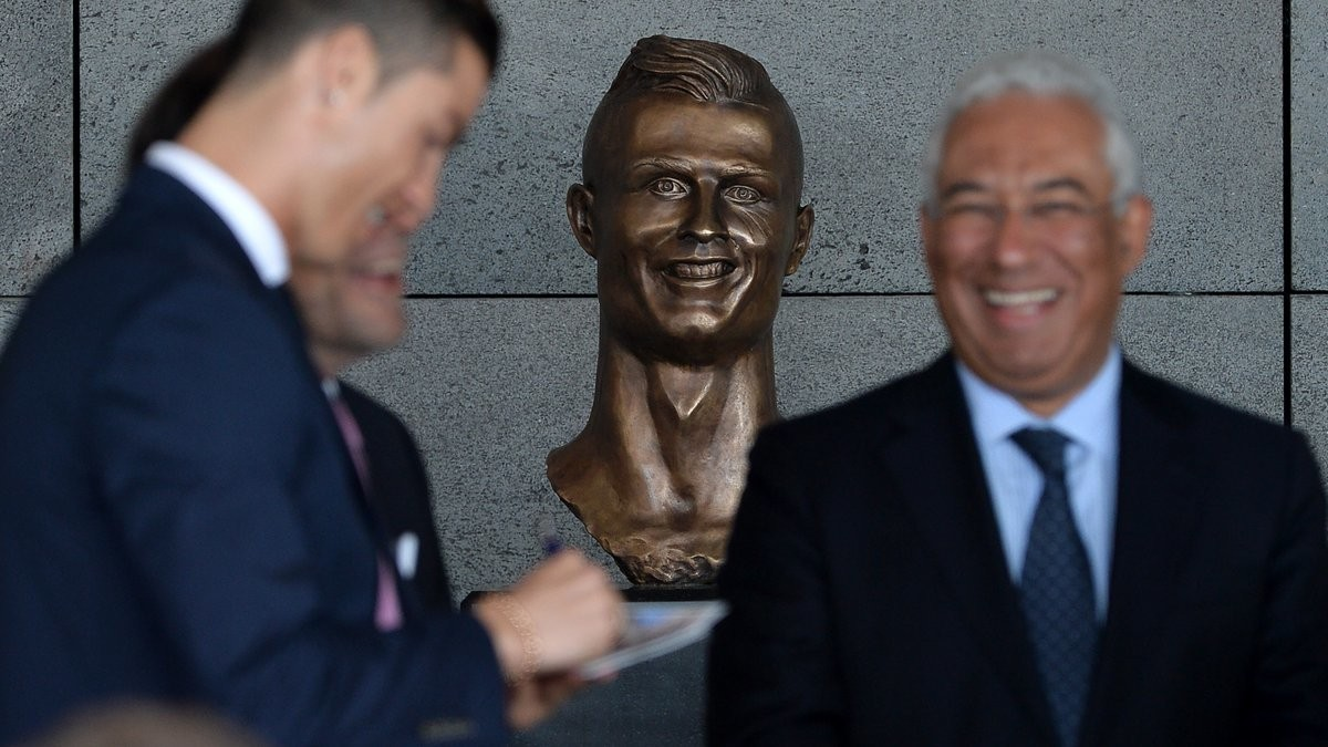 Airport Named after Cristiano Ronaldo also Has Terrible Ronaldo Statue