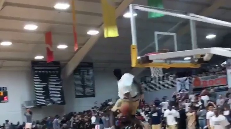 For the Love of God, Would You Just Watch High Schooler Zion Williamson Casually Destroy This Dunk?