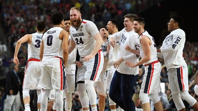 Gonzaga Snuff Out Underdog South Carolina to Head to First Ever Championship Appearance