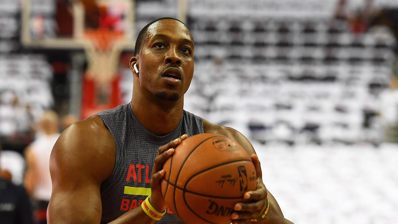 The Atlanta Hawks Should Probably Bench Dwight Howard
