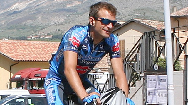 Italian Cyclist Michele Scarponi Struck by Van, Killed While Training