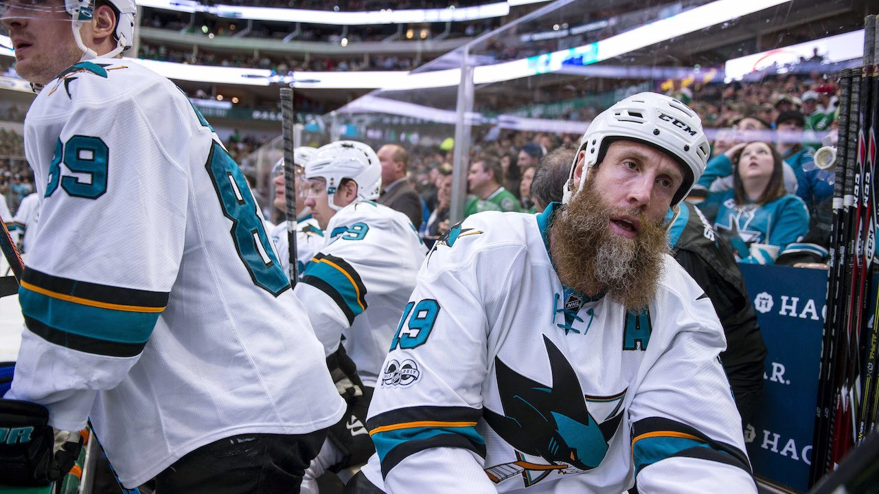 Joe Thornton Played Playoffs on Torn MCL and ACL