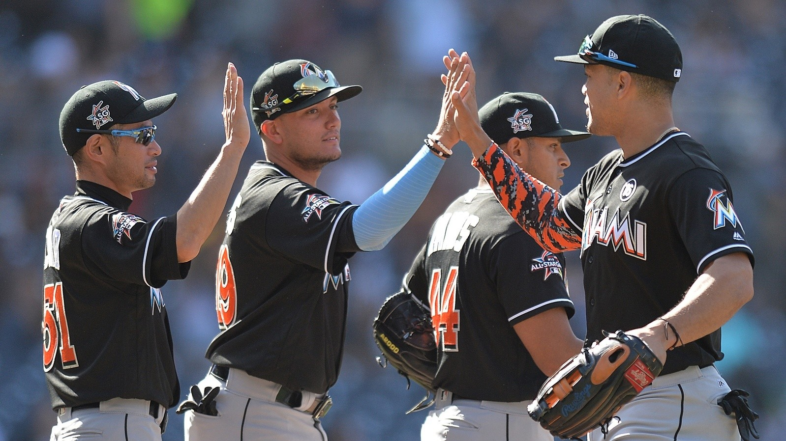 Miami Marlins Reportedly Sold To Jeter And Jeb