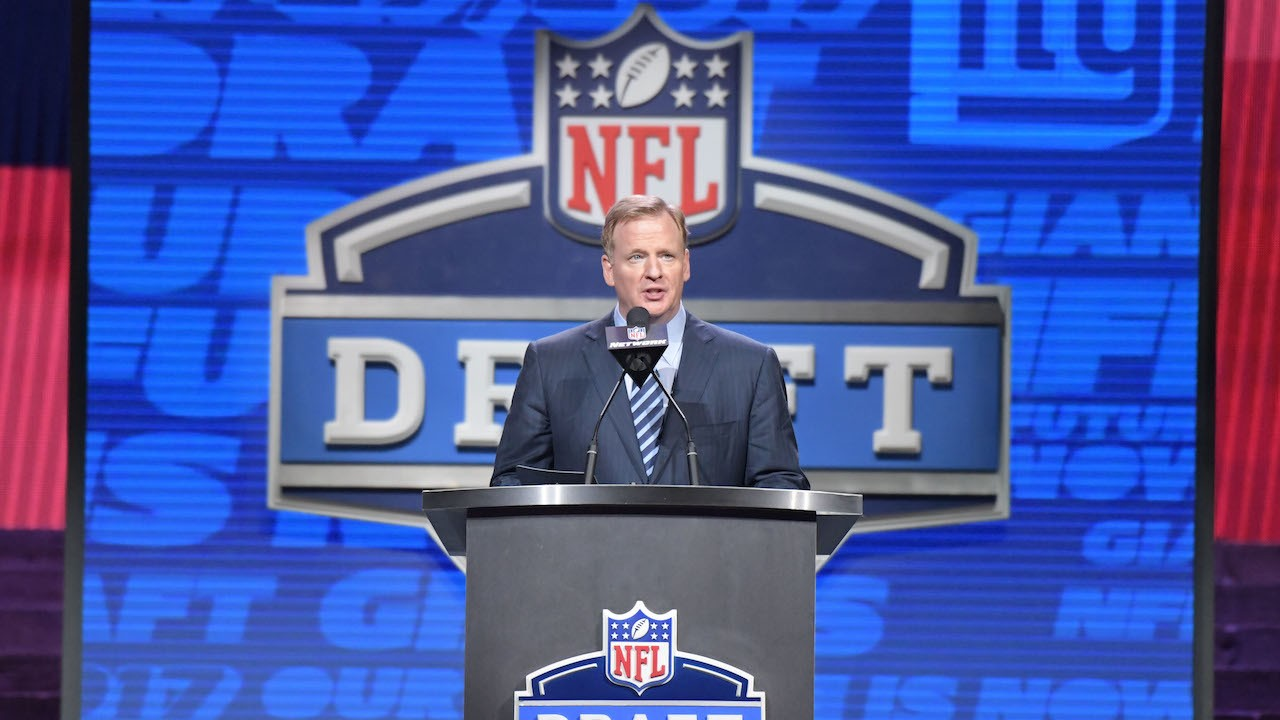 Roger Goodell Says Some Dumb Shit About Weed