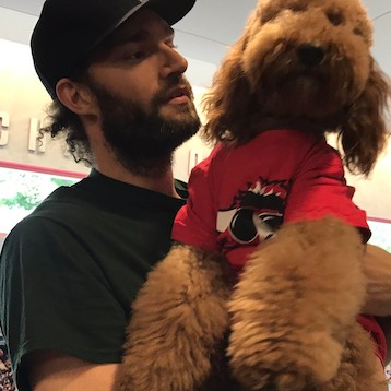 Robin-lopez-enlists-emotional-support-of-wonderpup-muppet-for-exit-interview-1493485036.png?crop=0