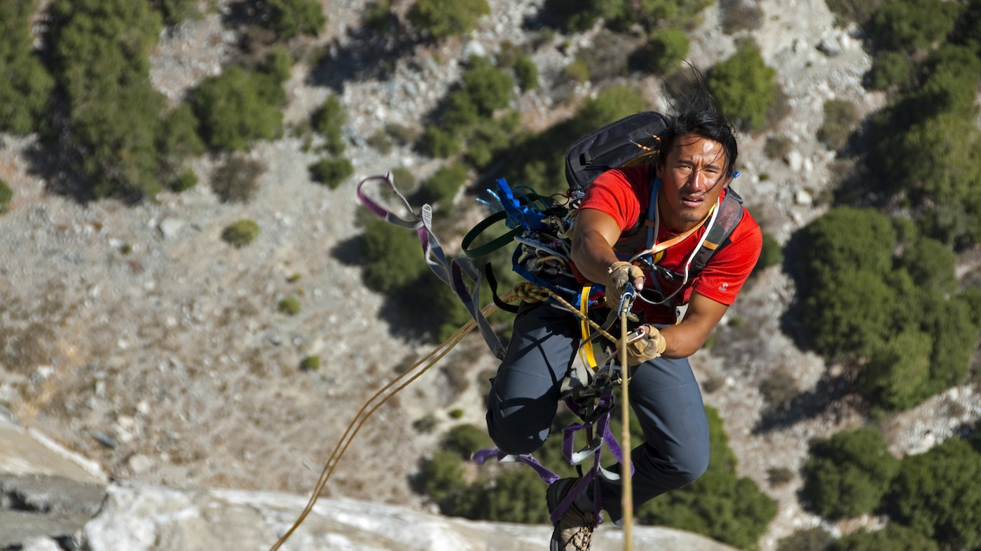 Making the World's Most Difficult Expeditions with a Camera in Hand: Jimmy Chin
