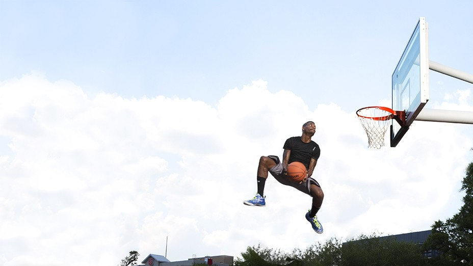 Getting High with Sir Issac White, Houston's Finest Professional Dunker