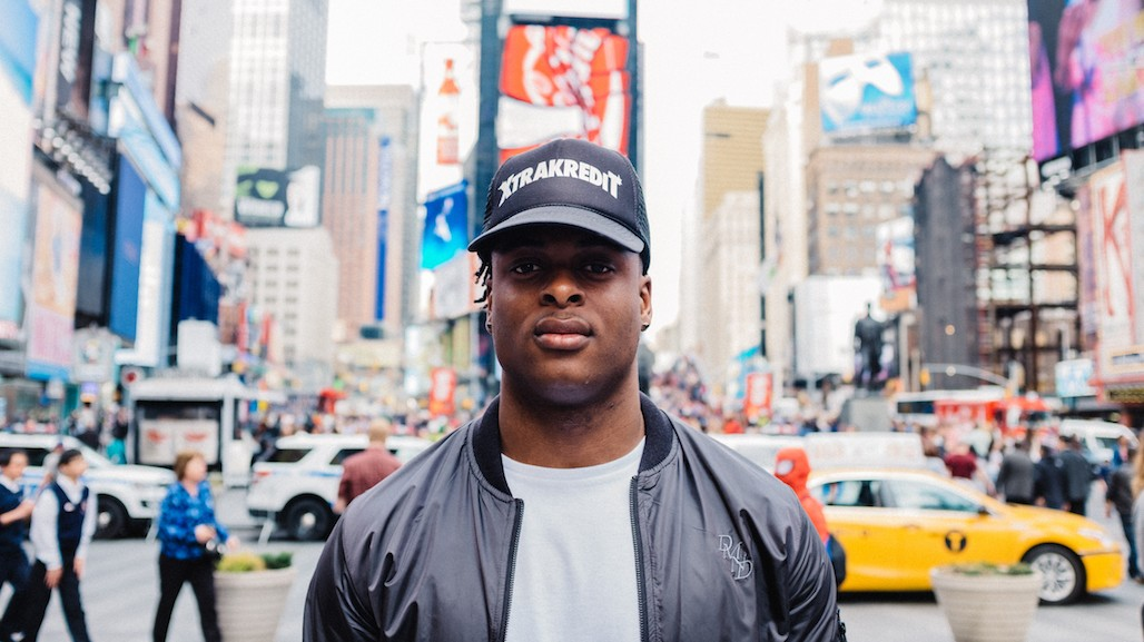 Davante Adams Spends a Day as a Tourist in NYC