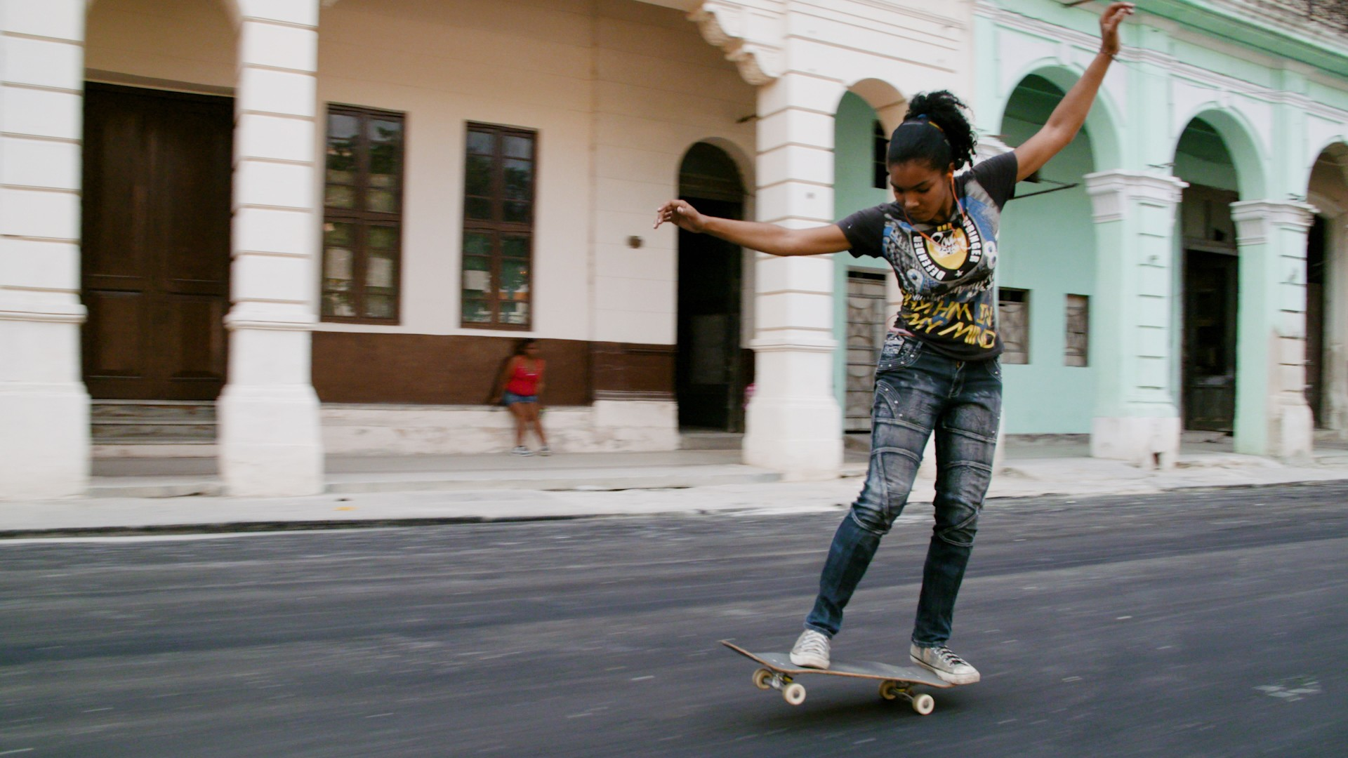 Meet One of Cuba's Female Skateboarding Pioneers