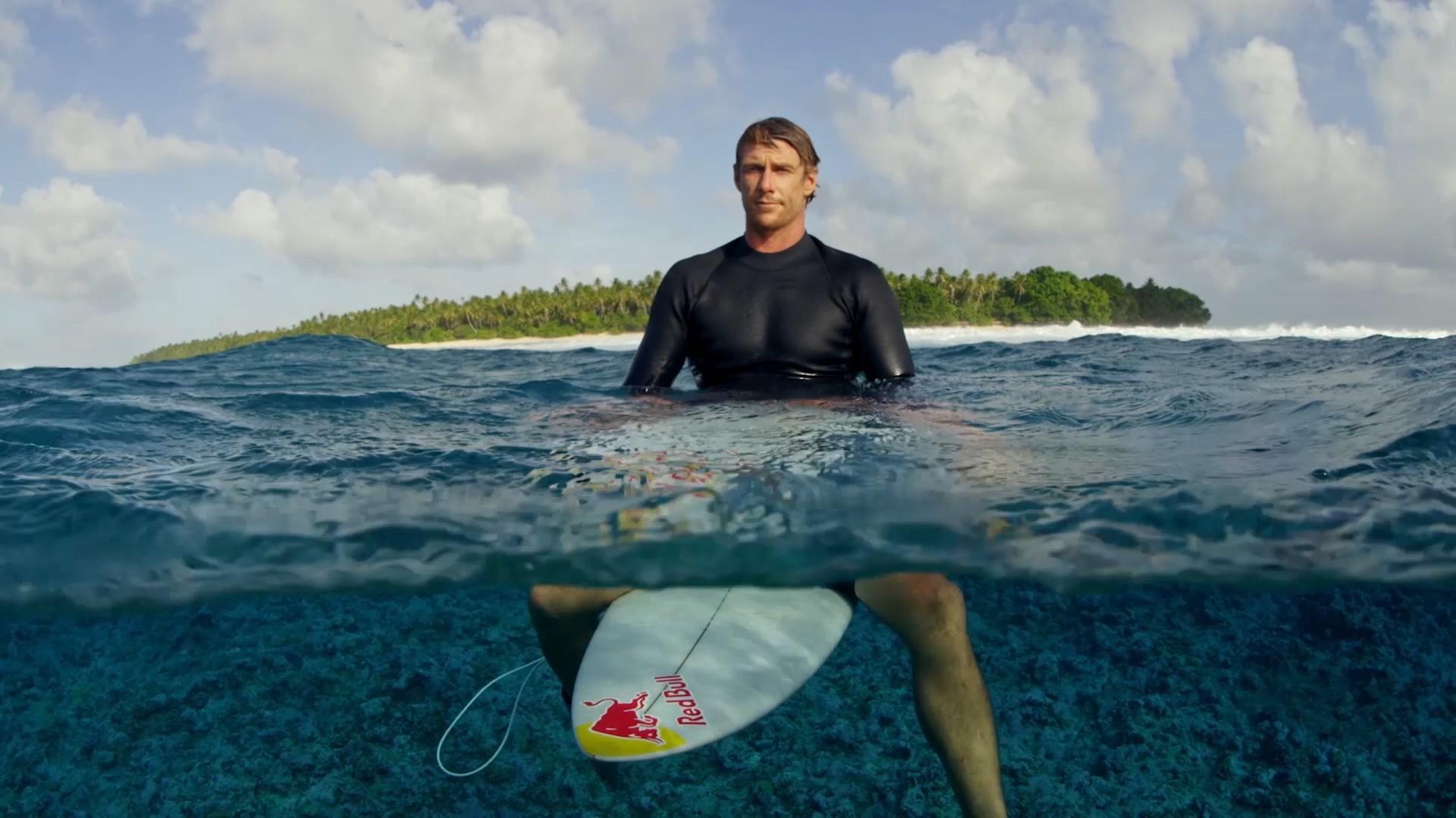 Ian Walsh Talks Surfing 60+ Foot Waves